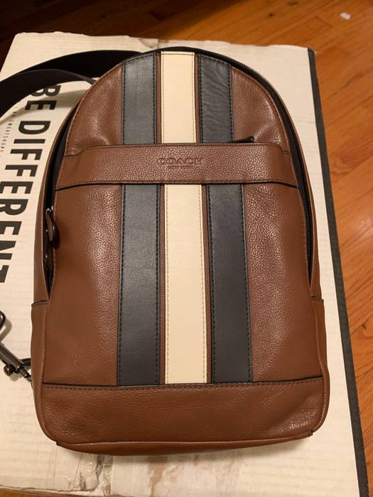 03147042918b Coach Coach Charles Sling Bag Varsity Leather Mens Used Size one ...