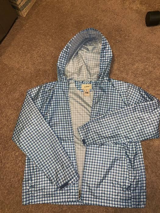 L.L. Bean Women s L.L. Bean Windbreaker Rain Jacket Size m ... 057c470beb