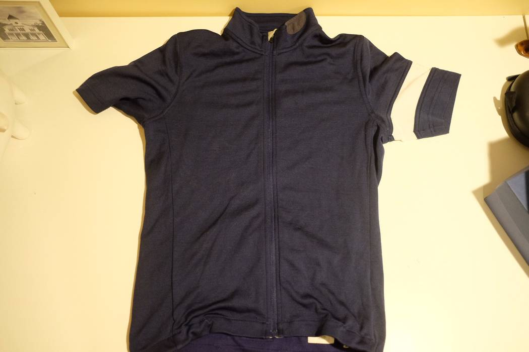 Rapha Classic Jersey Wool Size s - Jerseys for Sale - Grailed 7298be30c