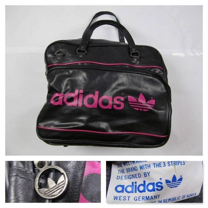 e80bfbdaf522 Adidas Vintage Adidas 70s Leather Gym Bag Carry On Luggage Shoulder Sling  RARE Size ONE SIZE