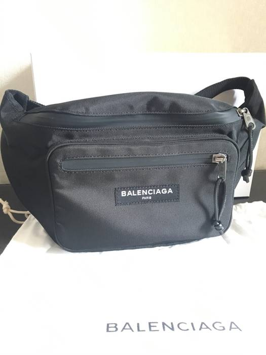 a6bec5151a70 Balenciaga Explorer Belt bag Size one size - Bags   Luggage for Sale ...