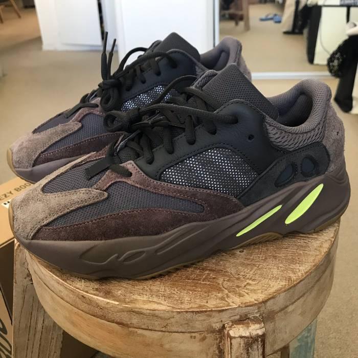 87f7324cdba Adidas Kanye West Adidas Kanye West Yeezy Boost Mauve 700 Size US 9   EU 42
