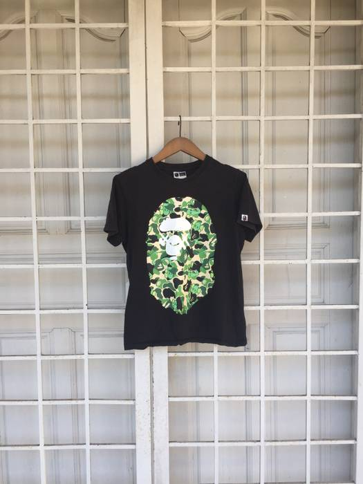 30a75e4d Bape A Bathing Ape X Kaws Tshirt Made in Korea Size s - Short Sleeve ...