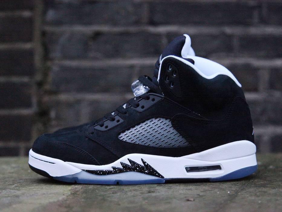 a59e93f7b6fb86 Nike Air Jordan Retro 5 Oreo Size 11 - Hi-Top Sneakers for Sale ...