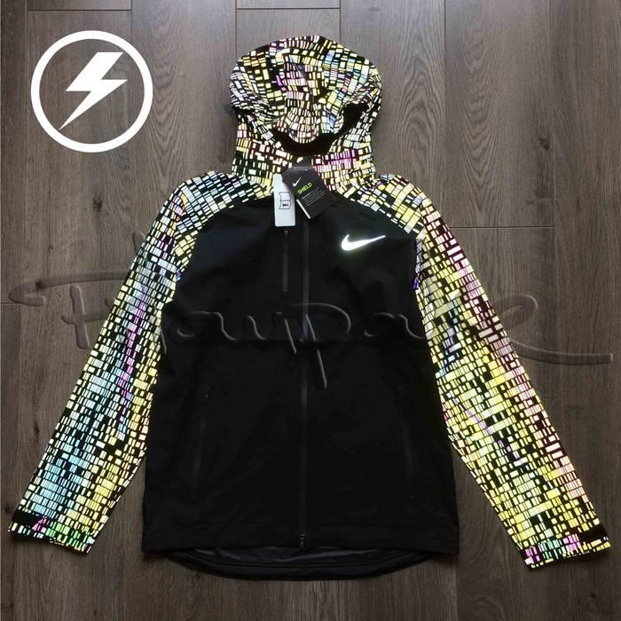 8dbef72738b3 Nike Nike Hypershield 3M Flash men s full zip running jacket black medium  Size US M