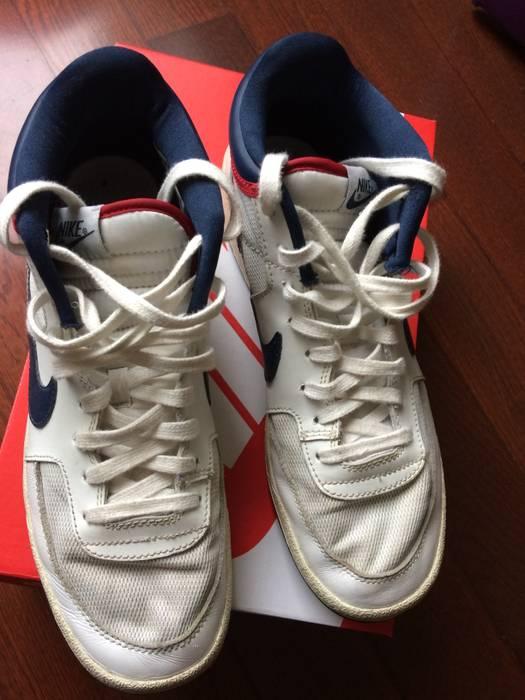 sale retailer fea6b c96e1 Nike Challenge Court Mid Vintage
