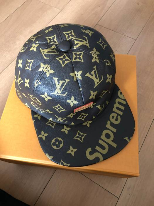 Supreme LOUIS VUITTON x SUPREME TOKYO EXCLUSIVE LEATHER Strap Back Cap Size  ONE SIZE 243a28cfa98
