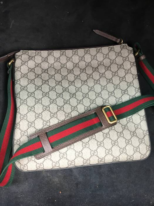 b4b2858072b Gucci Gucci Courrier soft GG Supreme messenger Size one size - Bags ...