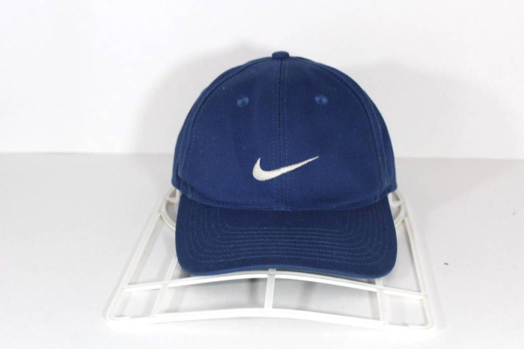 Nike Vintage 90s NIKE Swoosh Logo Casual Cotton Snapback Dat Hat Cap Navy  Blue Size ONE 7ffcc25f88a