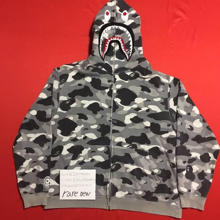 ad0a50128e5a Bape bape OG grey camo shark hoodie Size l - Sweatshirts   Hoodies ...