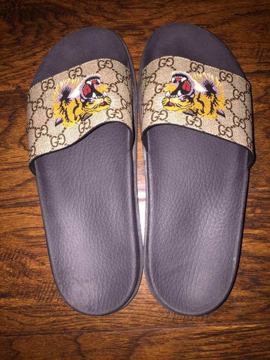 01924d7789af Gucci Gucci Tiger Monogram Slides Size 12 Size 12 - Sandals for Sale ...