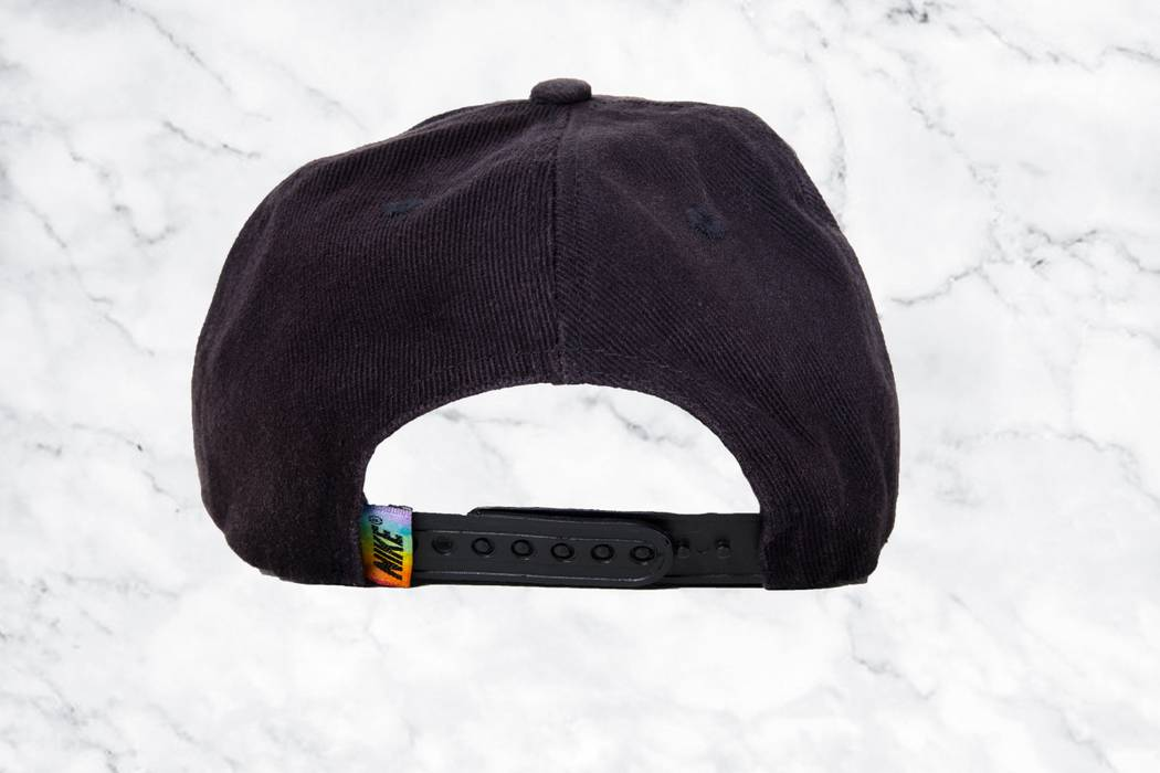 Nike Vintage 90s Nike Rainbow Embroidered Swoosh Dad Hat Size ONE SIZE - 1 6a2b2adaf15