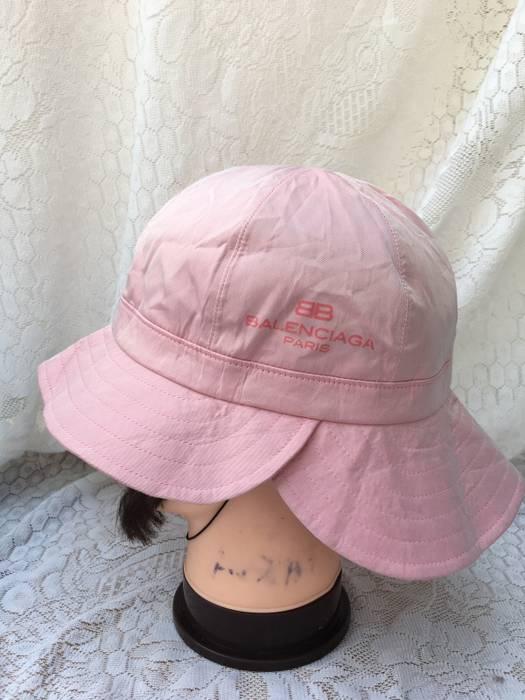 Balenciaga Rare Design Double Hat Balenciaga Pink Satin Size ONE SIZE - 1 612c2ff506b