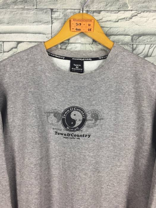 bedf3abc0eaf6 Vintage T C Surf Design Men Medium Jumper Gray Crewneck Vintage 90 s Tnc  Big Logo Hawaii Aloha