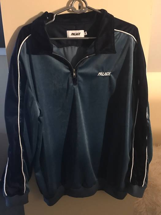 a873edbe9be4 Palace Palace Velour Half-Zip Size l - Light Jackets for Sale - Grailed