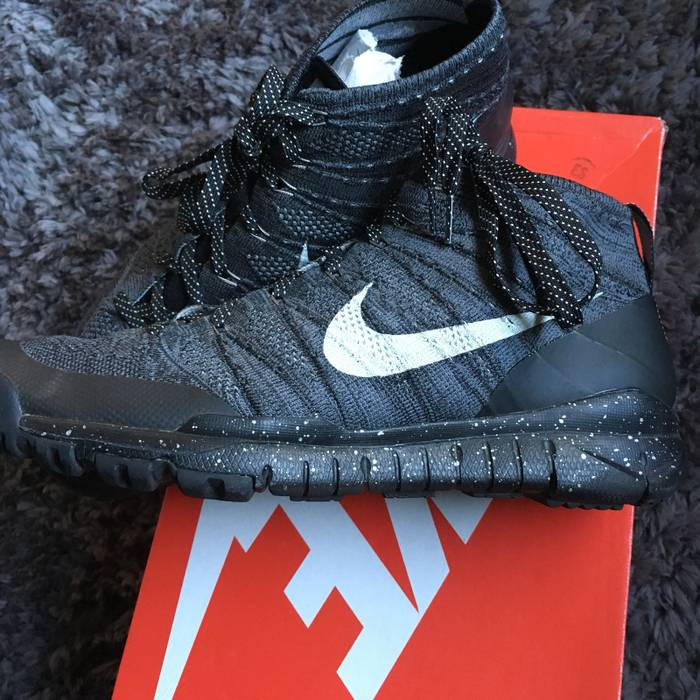 a2047e484ab4 Nike Flyknit Trainer Chukka FSB Size 13 - Hi-Top Sneakers for Sale ...