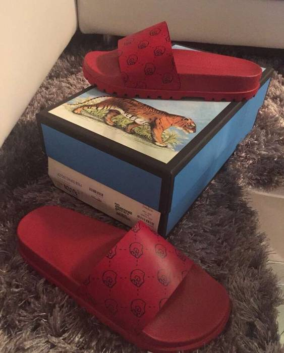1c4421cf88e6 Gucci New GucciGhost Slides Size 8 - Sandals for Sale - Grailed