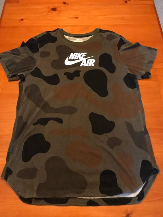 Nike Air Alternative Hem Camo T-Shirt Size xl - Short Sleeve T ... b33e4ada9ec58