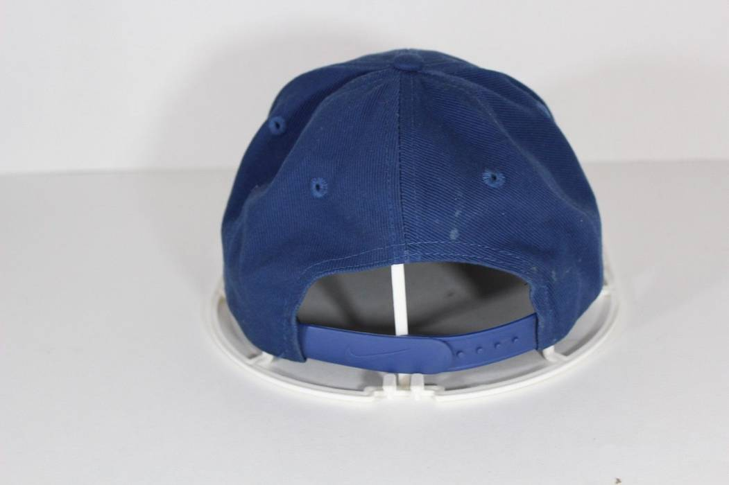 d9ca8ed9e70 Nike Vintage 90s NIKE Swoosh Logo Casual Cotton Snapback Dat Hat Cap Navy  Blue Size ONE