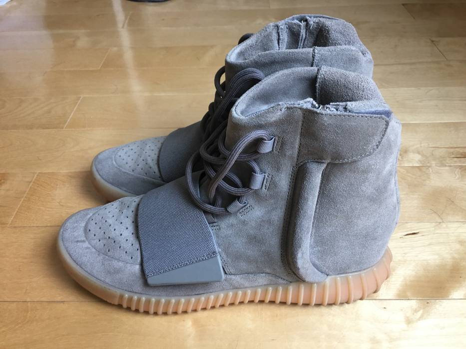 c51f1a3acf38f4 Yeezy Boost Adidas YEEZY Boost 750 Light Grey Gum Size US10.5 (no ...