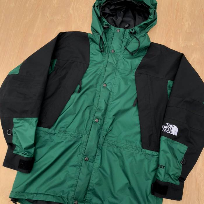 1c5235dc18 Vintage 🚨FINAL PRICE🚨 90s The North Face TNF Mountain Light Gore ...