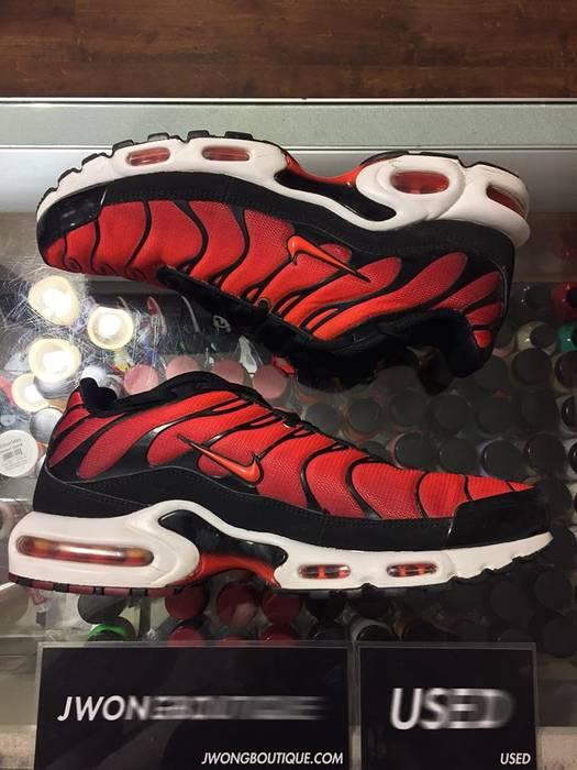 Nike 2017 Nike Air Max Plus Team Red Orange Size 11 - Hi-Top ... f10a93587