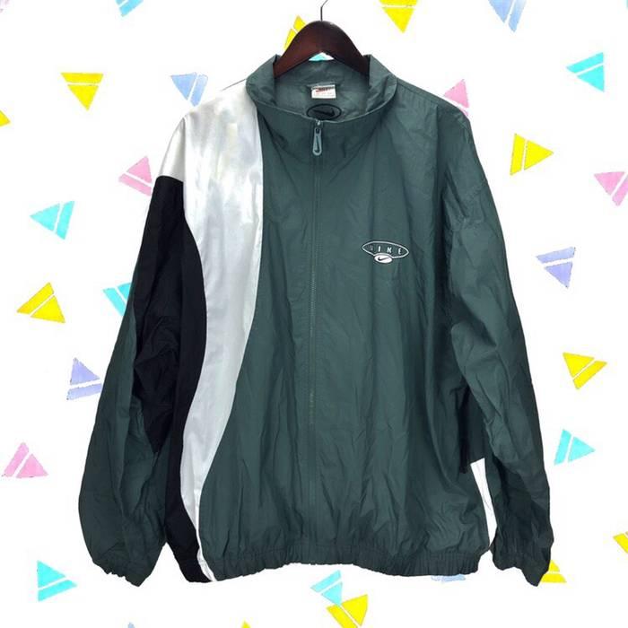 Nike. Nike Vintage 90s Green Black White Colorblock Windbreaker Jacket 7eef4a16c