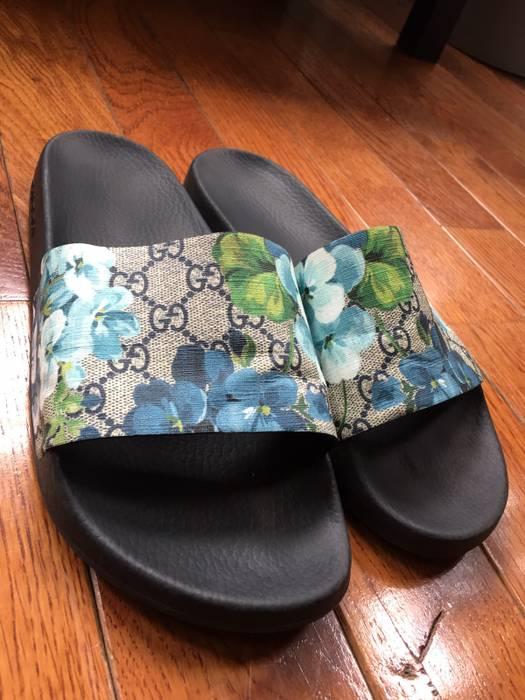 34afbc77ecc Gucci Blue Floral Slide Size 10.5 - Sandals for Sale - Grailed