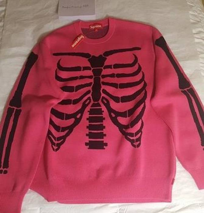 53a7c710ef25 Supreme ss17 Bones Sweater Pink MEDIUM DS Size m - Sweaters ...