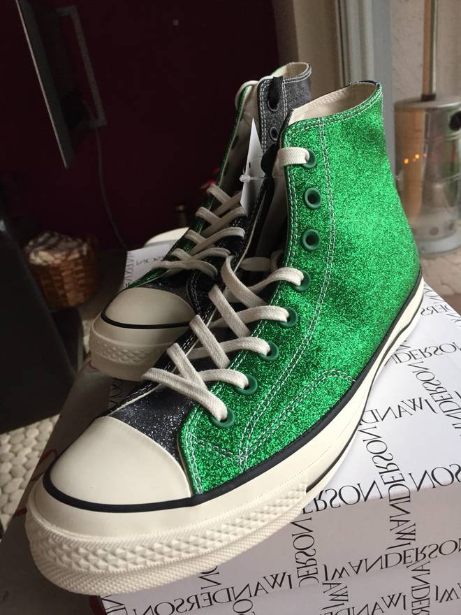 Sale Find Great J.W. Anderson x Converse Glitter Sneakers w/ Tags Cheapest Price Cheap Online Huge Surprise Online mdNNC