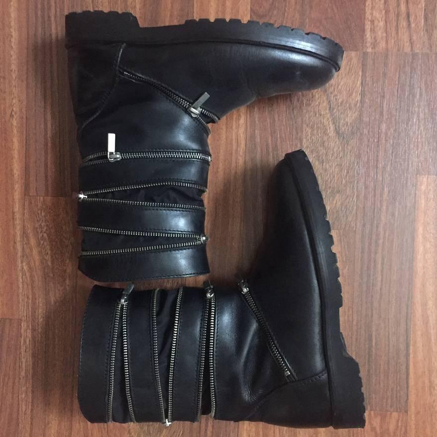 Accordion boots