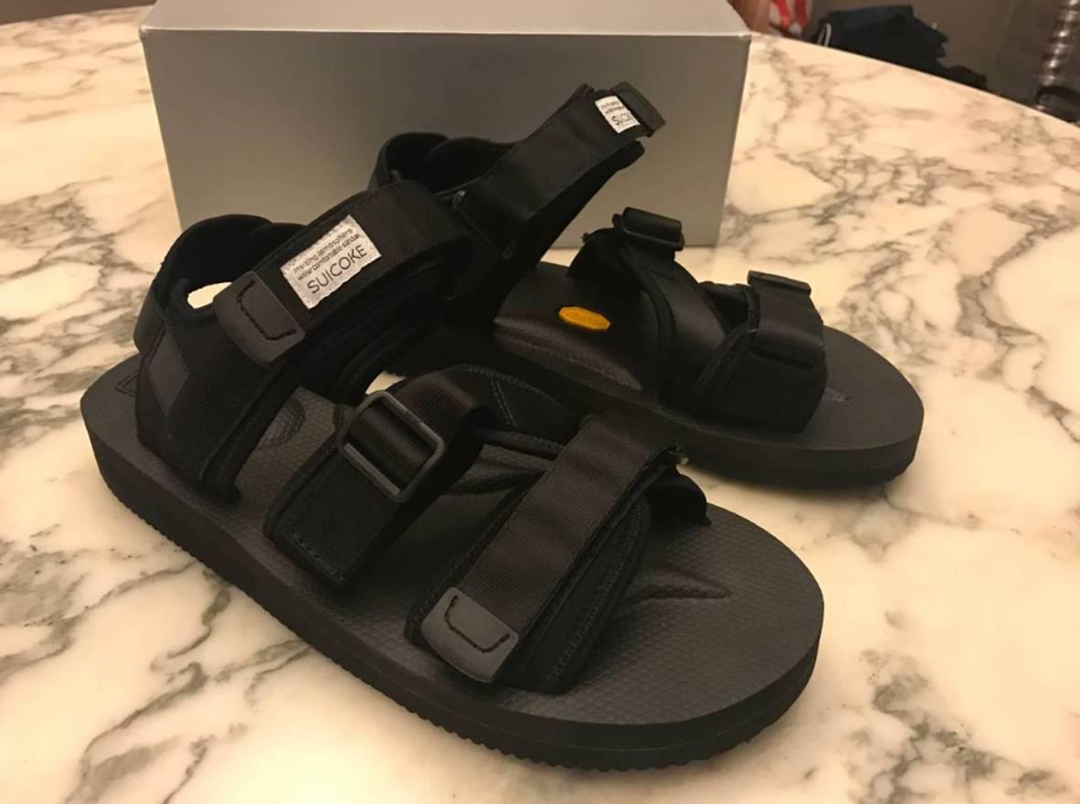 25711cfcf521 Suicoke Kisee-V Size 10 - Sandals for Sale - Grailed