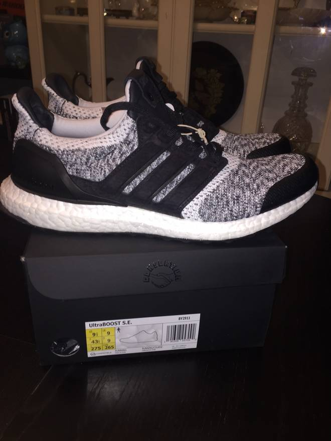 Ultra Boost 'Sns' - By2911 - 9.5 - Us Size