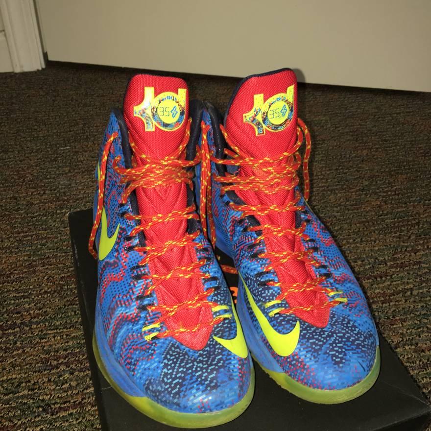Nike KD V Christmas Size US 10.5 / EU 43-44 ...