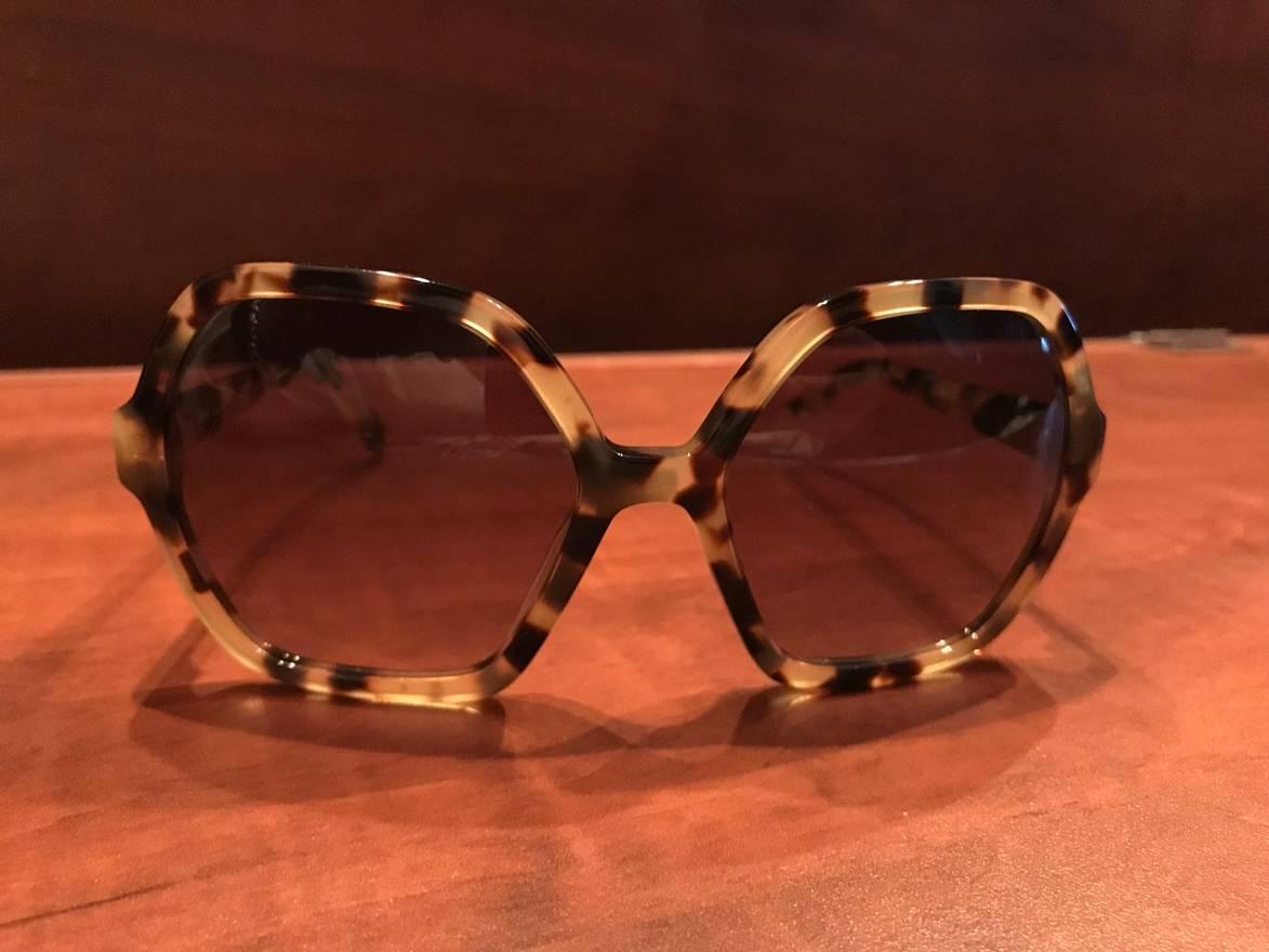 7e86025df601 ... discount f3c5c ccc17  spain prada prada big sunglasses size one size  cf3d4 25be1