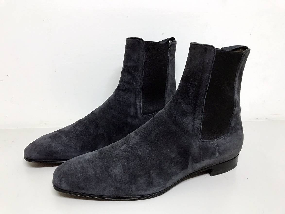 low priced ff71d 08268 closeout louboutin flat boot suede afa3f 15f17