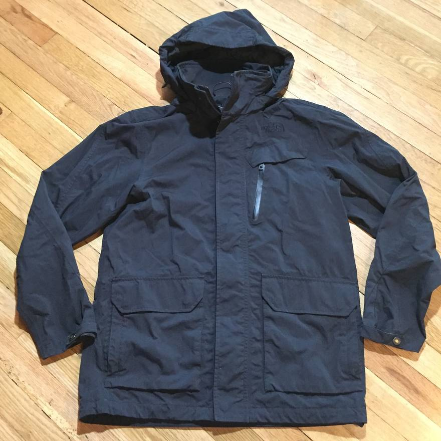 cd66cb4e28 ... clearance the north face the north face hyvent mens s rain jacket  hooded lined windbreaker coat