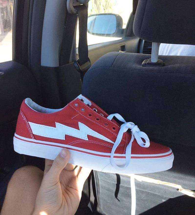 66f1ae7928fe ... Ian Connor Revenge Storm Shoes Red Size 5 Size US 6 EU 39 .