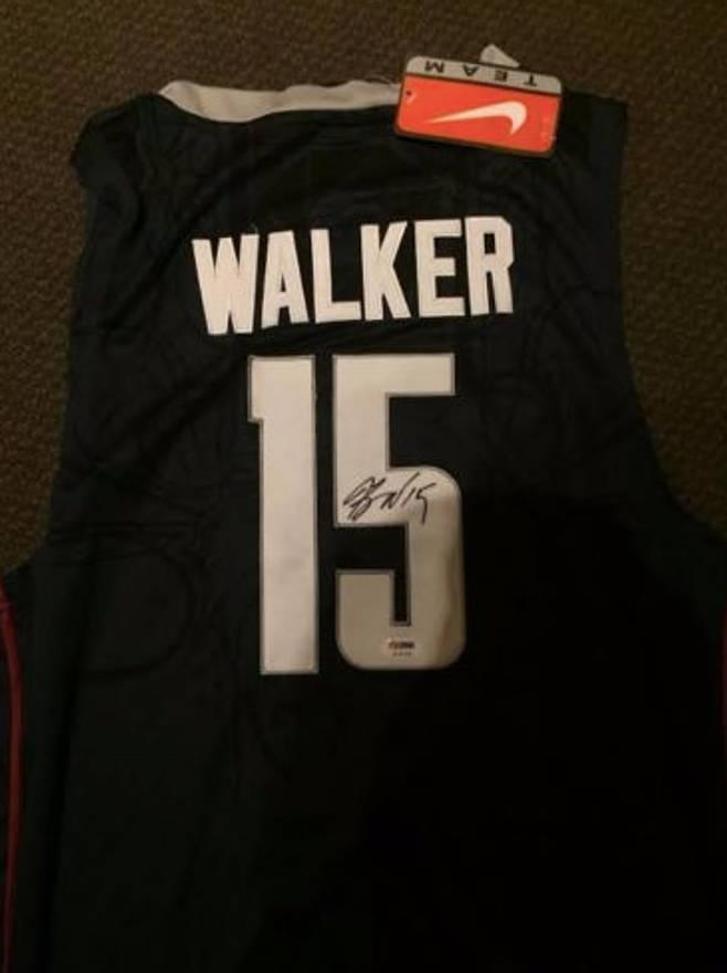 18a2812abdb ... best price ncaa kemba walker autographed uconn jersey size us xl eu 56  4 18792 84956