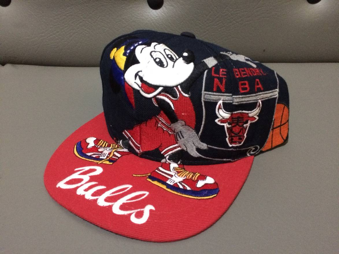 ce997b2a757 ... sweden vintage rare vintage the legend mickey chicago bulls snapback hat  size one size aa737 08a54