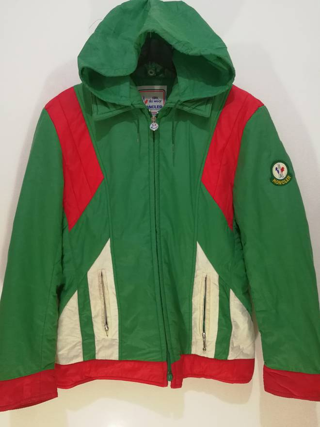 4b523dc1e4a5 best wholesaler 85002 385be mens moncler near new condition stylish ...