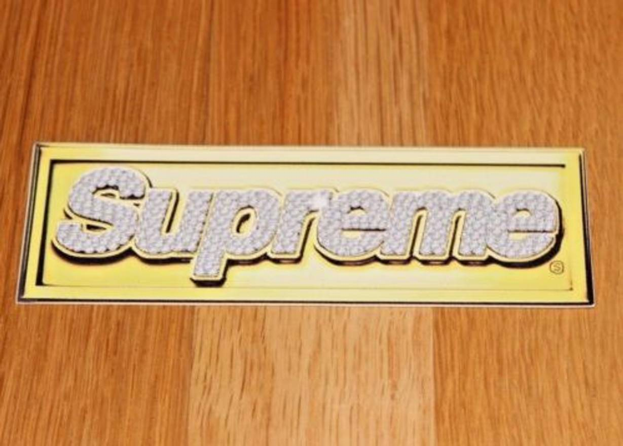 Supreme bling logo sticker box