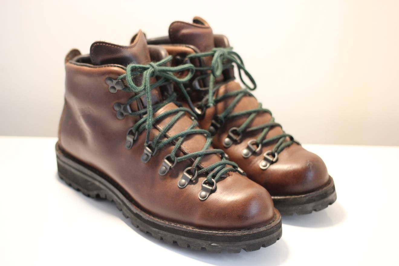 ii trading mountain x boylston lighting back danner light company more bay boots