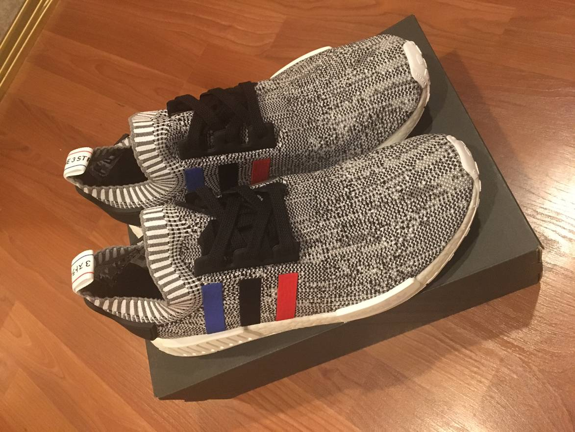 Adidas Originals NMD R1 Wool Dark Grey/Semi Solar Red S31510