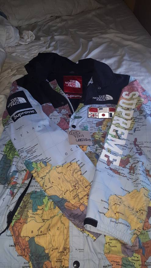 Supreme supreme north face maps expedition atlas size medium size m supreme supreme north face maps expedition atlas size medium size us m eu 48 gumiabroncs Choice Image