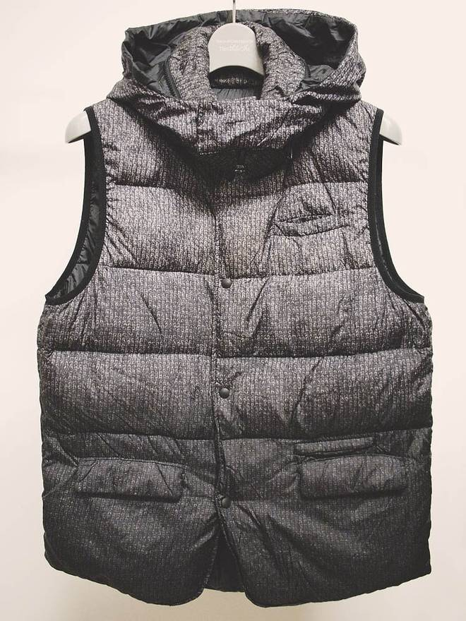 Undercover Earmuff Maniac Knit Pattern Photo Print Down Vest Size