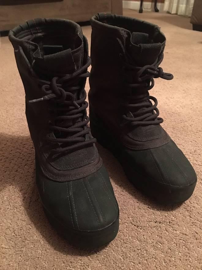 Yeezy Boost 950 Black