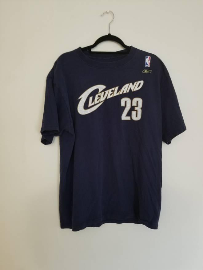 bf81c10c3459ed ... cheap vintage lebron james cleveland cavaliers vintage t shirt size us  l eu 52 145a5 7f2ed