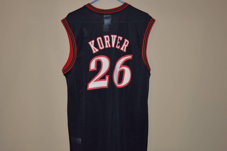 fa7b2329278 ... czech reebok vintage kyle korver 76ers jersey 26 size us m eu 48 50  02cb5 cae22