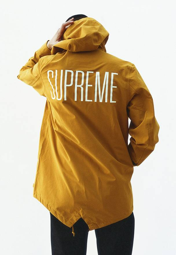 Supreme Taped Seams Fishtail Parka Size m - Parkas for Sale - Grailed